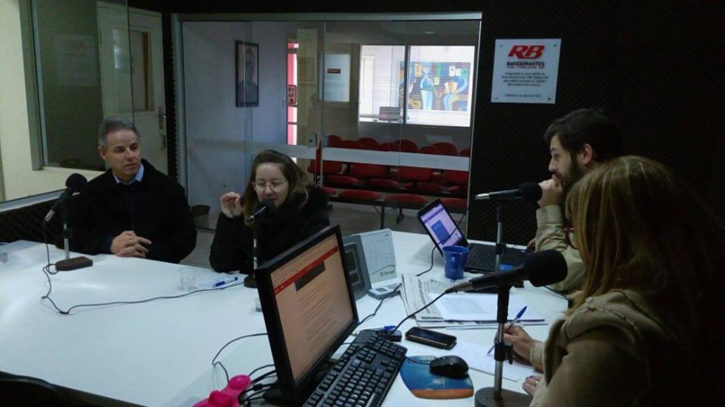 presidenta-do-sindicato-debate-reforma-em-programa-de-radio